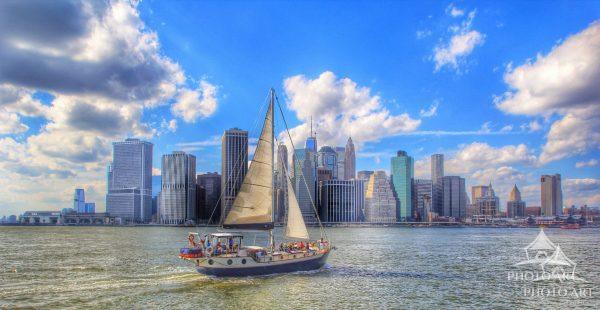 Sailing to Manhattan