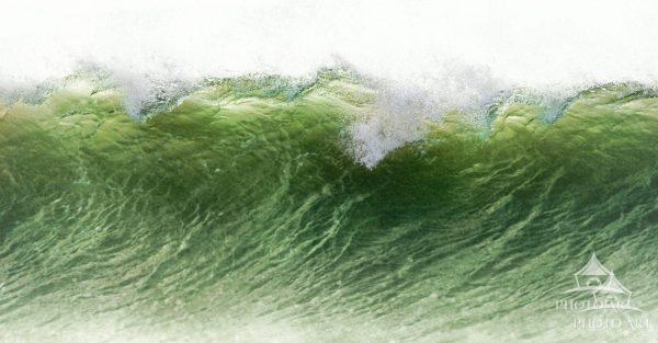 Wave Close Up