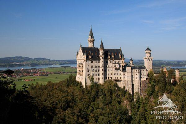 The Sleeping Beauty castle's design in Disneyland was inspired by Neuschwanstein. Neuschwanstein