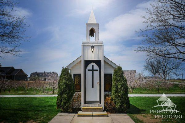 Beginning of spring and the smallest church in the world. Ontario Canada near Niagara Falls. Color