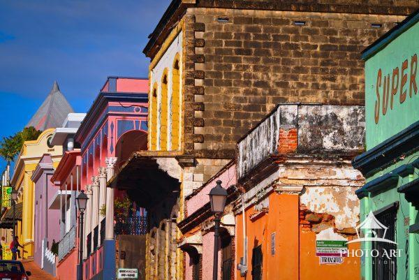 Colorful streetscape on Calle Union