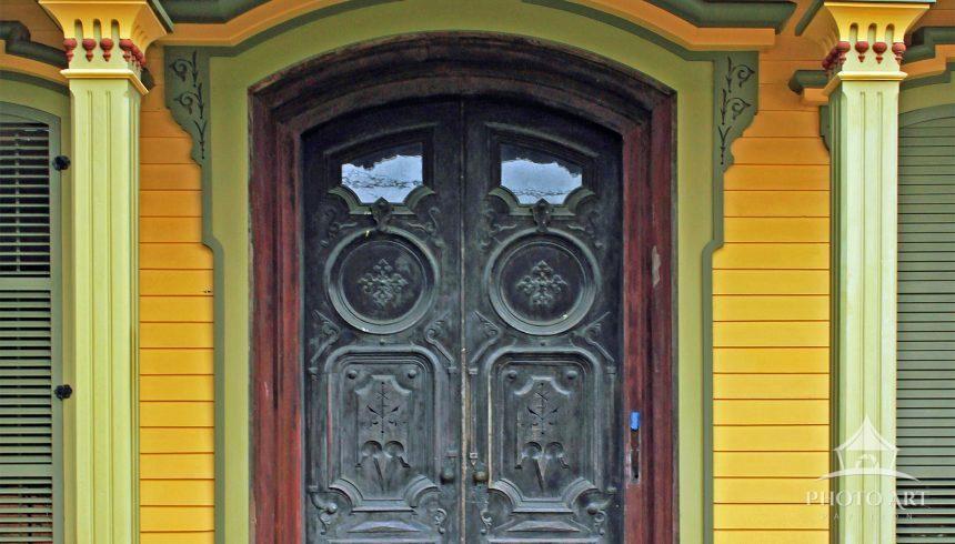 Victorian doorway in an old mansion in Upstate New York