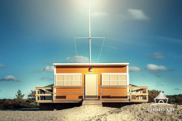 Lifeguard shack in the off season as seen along a beautiful beach of Long Island, NY on the North