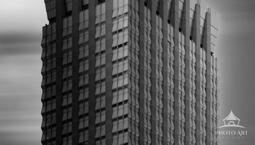 Building with a crown. Midtown Manhattan